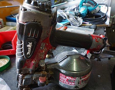マキタ50mm高圧エア釘打AN531H:ピストンの動きが悪い